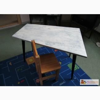 Стол со стульчиком в Калининграде