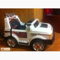 Продам детский электромобиль Range Rover в Краснодаре
