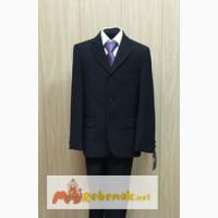 Абсолютно новый костюм для школьника Mark Gordon в Челябинске