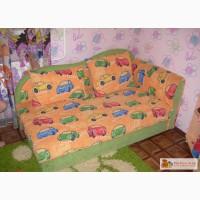 Детский раскладывающийся диванчик в Белово