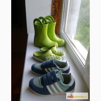 Кроссовки, кроксы, сапоги-кроксы р.30 adidas, crocs в Санкт-Петербурге