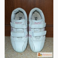 Кроссовки для девочки 35 размер. в Красноярске